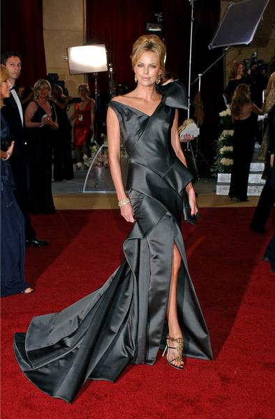 https://cf.ltkcdn.net/womens-fashion/images/slide/49521-394x600-charlize-theron.jpg