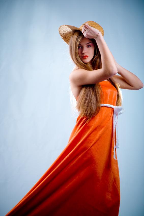 https://cf.ltkcdn.net/womens-fashion/images/slide/49543-566x848-avant-garde8.jpg