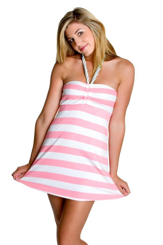 https://cf.ltkcdn.net/womens-fashion/images/slide/49557-565x850-summer-dress4.jpg