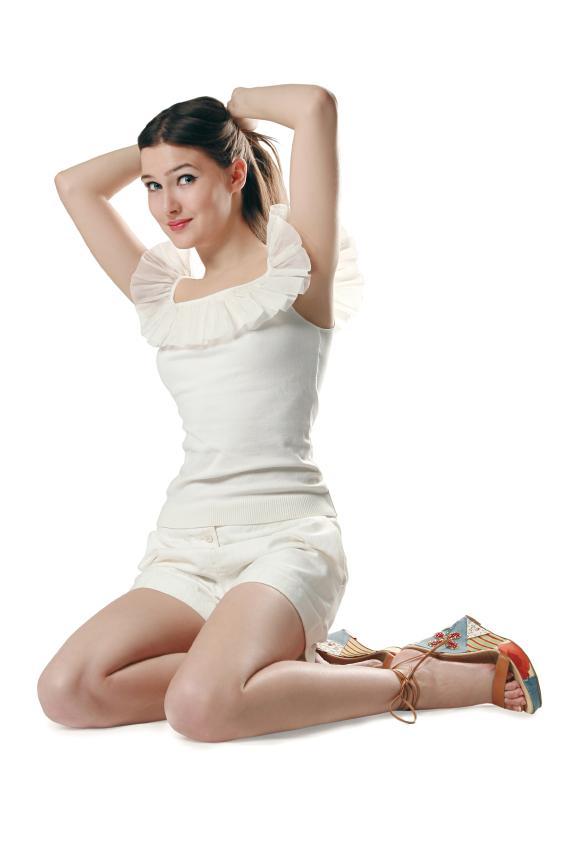 https://cf.ltkcdn.net/womens-fashion/images/slide/49654-566x848-iStock_000008817827Small.jpg