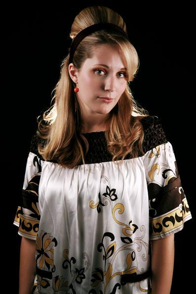 https://cf.ltkcdn.net/womens-fashion/images/slide/49664-397x594-Silky-Shirt.jpg
