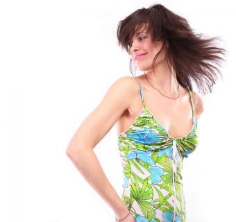 https://cf.ltkcdn.net/womens-fashion/images/slide/137769-714x672r2-Sundress1.jpg
