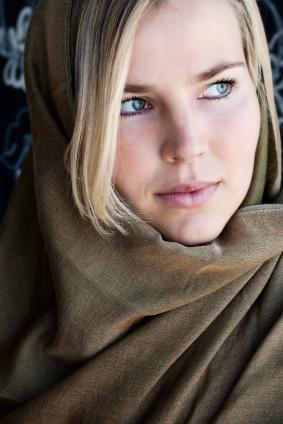 Woman wrapped in a pashmina