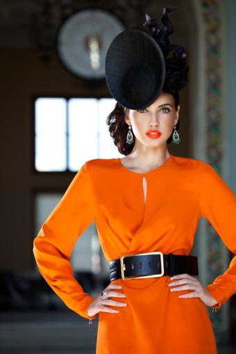 https://cf.ltkcdn.net/womens-fashion/images/slide/156597-566x848r1-rectangle-belt.jpg