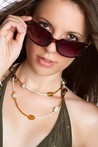 How Should Sunglasses Fit?