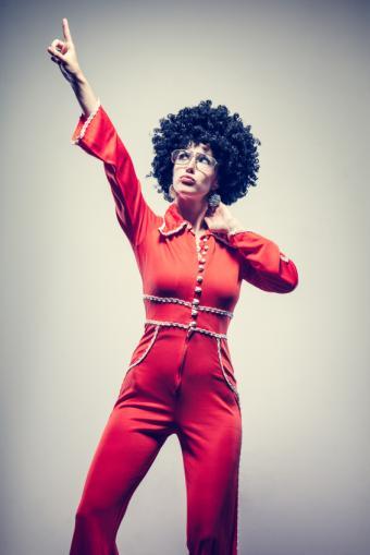 https://cf.ltkcdn.net/womens-fashion/images/slide/168401-566x848-Jumpsuit.jpg