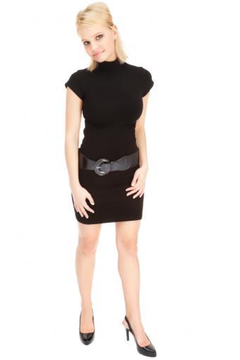 https://cf.ltkcdn.net/womens-fashion/images/slide/172312-566x848-widebeltslingbacks.jpg