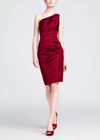 https://cf.ltkcdn.net/womens-fashion/images/slide/174737-358x500-one-shoulder-red-satin.jpg
