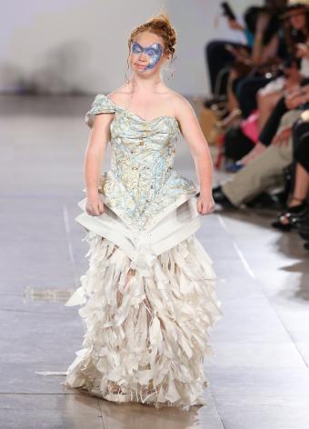 https://cf.ltkcdn.net/womens-fashion/images/slide/197384-613x850-gown15_peplumcrop.jpg