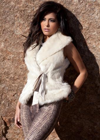 https://cf.ltkcdn.net/womens-fashion/images/slide/197915-607x850-leggings06_animalcrop.jpg