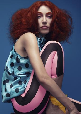https://cf.ltkcdn.net/womens-fashion/images/slide/197917-607x850-leggings08_neoncrop.jpg