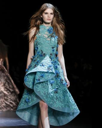 https://cf.ltkcdn.net/womens-fashion/images/slide/199622-680x850-spring7_rufflecrop.jpg