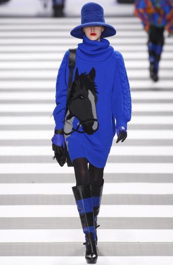 https://cf.ltkcdn.net/womens-fashion/images/slide/200017-556x850-winter02_dresscrop.jpg