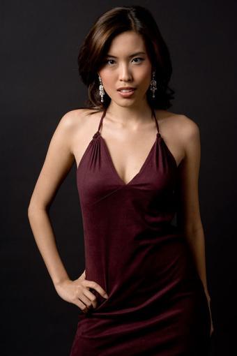 https://cf.ltkcdn.net/womens-fashion/images/slide/200071-567x850-spaghetti-strap-dress.jpg