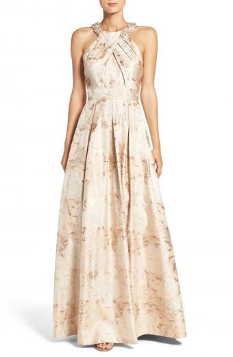 https://cf.ltkcdn.net/womens-fashion/images/slide/202721-555x850-Eliza-J-Embellished-Floral-Jacquard-Gown.jpg