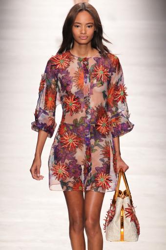 https://cf.ltkcdn.net/womens-fashion/images/slide/202814-567x850-sundress07.jpg
