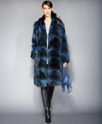 https://cf.ltkcdn.net/womens-fashion/images/slide/206863-694x850-The-Fur-Vault-Plus-Size-Coyote-Fur-Coat.jpg
