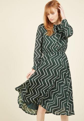 https://cf.ltkcdn.net/womens-fashion/images/slide/207037-595x850-Heart-in-the-Right-Workplace-Shirt-Dress.jpg