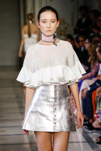 https://cf.ltkcdn.net/womens-fashion/images/slide/216595-466x700-springmetallic.jpg