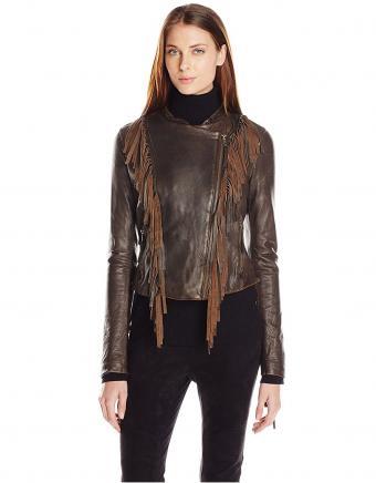 https://cf.ltkcdn.net/womens-fashion/images/slide/221864-351x450-levifringejacket.jpg