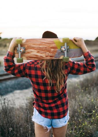 https://cf.ltkcdn.net/womens-fashion/images/slide/231140-850x1190-summery_plaid.jpg