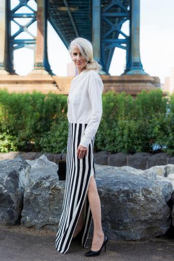 Vertical striped maxi skirt with slit