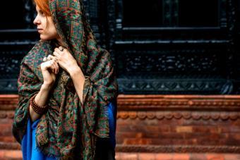Ways to Wear a Pashmina