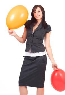 woman wearing short sleeve suit