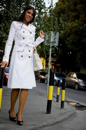 https://cf.ltkcdn.net/womens-fashion/images/slide/49445-283x424-bus6.jpg