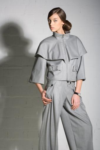 https://cf.ltkcdn.net/womens-fashion/images/slide/49540-566x848-avant-garde5.jpg