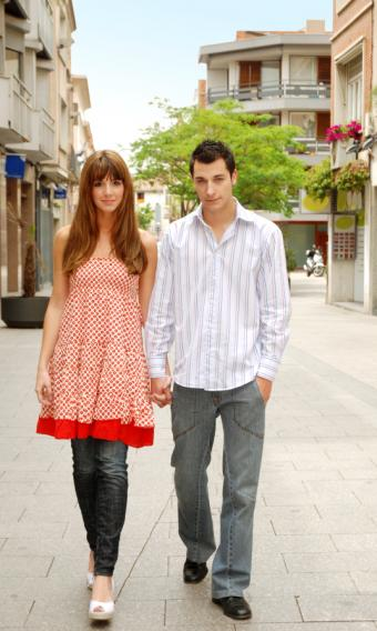 https://cf.ltkcdn.net/womens-fashion/images/slide/49558-508x850-summer-dress5.jpg