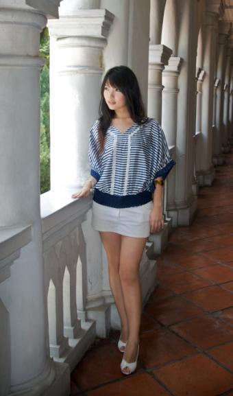 https://cf.ltkcdn.net/womens-fashion/images/slide/49605-397x674-mini-2.jpg