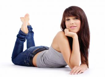 https://cf.ltkcdn.net/womens-fashion/images/slide/49635-810x593-iStock_000008771874Small.jpg