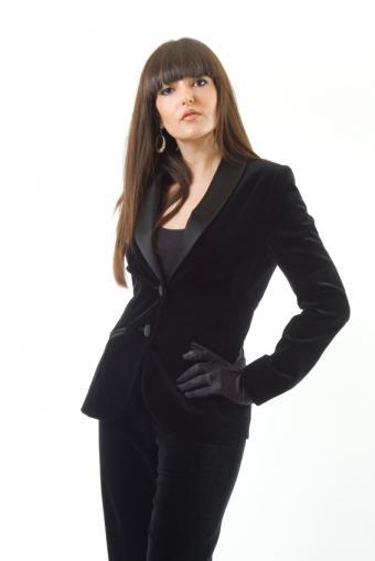 https://cf.ltkcdn.net/womens-fashion/images/slide/49638-566x848-iStock_000008610376Small.jpg