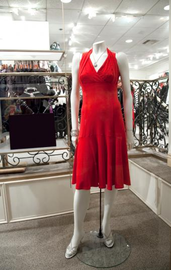 https://cf.ltkcdn.net/womens-fashion/images/slide/50014-542x850-epd4.jpg