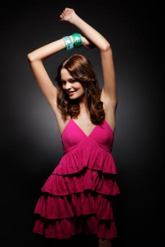 https://cf.ltkcdn.net/womens-fashion/images/slide/50018-566x848-epd8.jpg