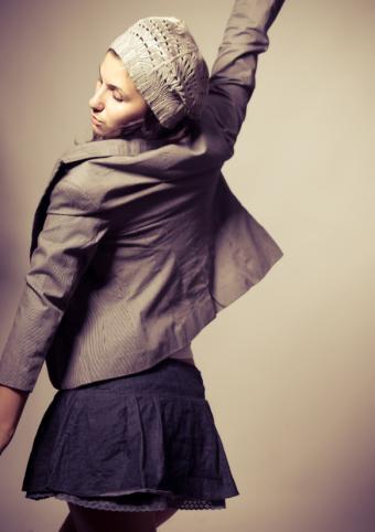 https://cf.ltkcdn.net/womens-fashion/images/slide/92594-582x825r2-CasualMini.jpg