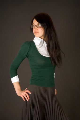 https://cf.ltkcdn.net/womens-fashion/images/slide/93441-566x848r1-tight6.jpg