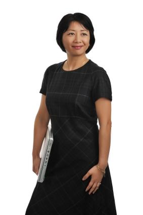 Business woman wearing modest clothes