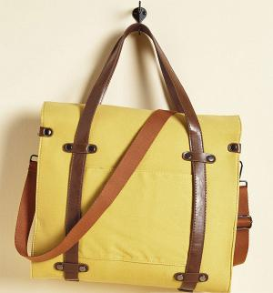 Camp Director Tote in Camel