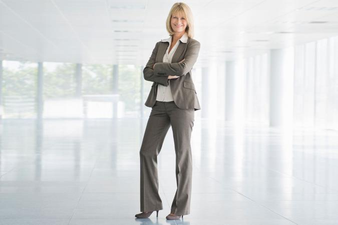 fb91212100e Tips for Choosing Petite Career Suits
