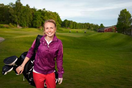 Layered clothing for playing golf