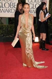 Jennifer Lopez shines on the red carpet.
