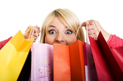womanwithshoppingbags
