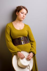 https://cf.ltkcdn.net/womens-fashion/images/slide/49486-283x424-iStock_000007312649XSmall.jpg