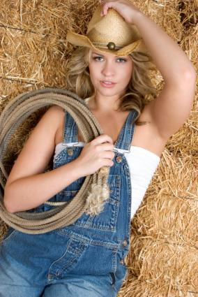 Pictures of Women In Overalls