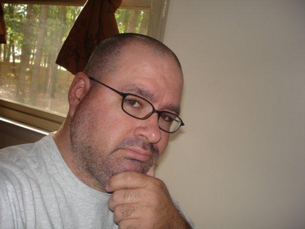 Dave Donovan, escritor