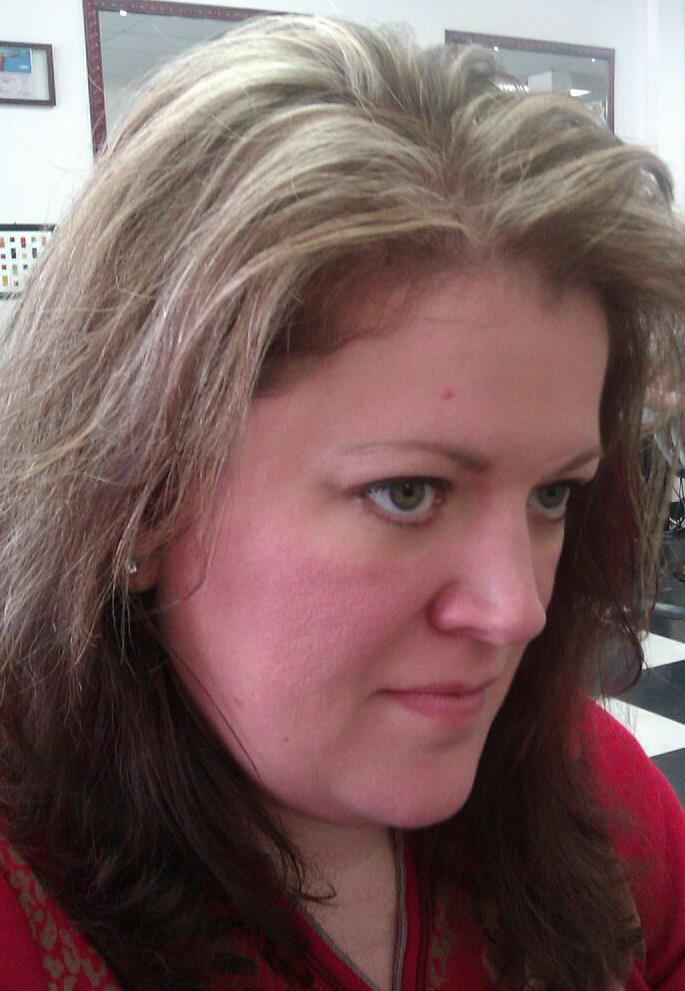 Rebecca Wiseman, Cosmetóloga