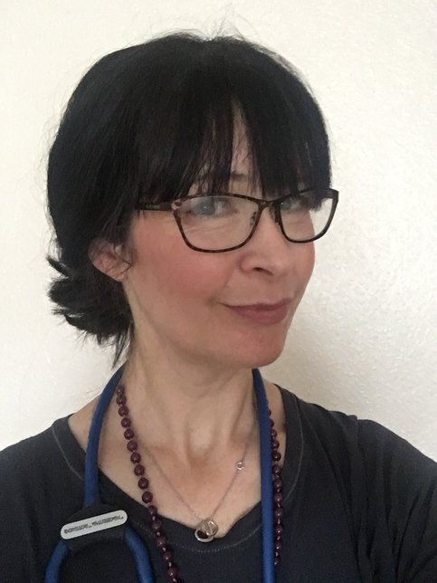Dr Pippa Elliott