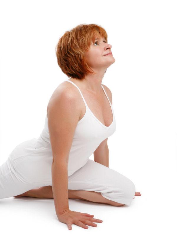 https://cf.ltkcdn.net/yoga/images/slide/121960-600x800-Pigeon-Pose.jpg